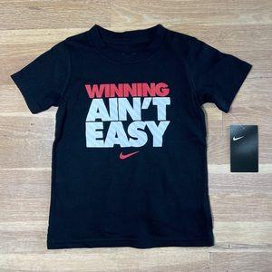 Boys Nike black graphic T-shirt size 4T NWT